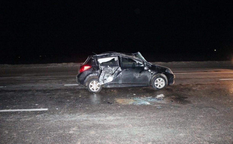 Под Новомосковском перевернулся Nissan: пострадали двое детей