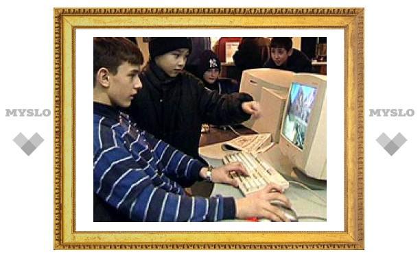В школах Москвы один компьютер приходится на 10 учащихся