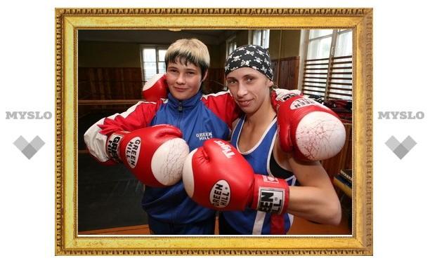 Тулячка Лена Савельева признана сильнейшим боксером мира