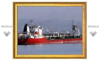 """Сомалийские пираты отпустили танкер """"Джениус"""""""