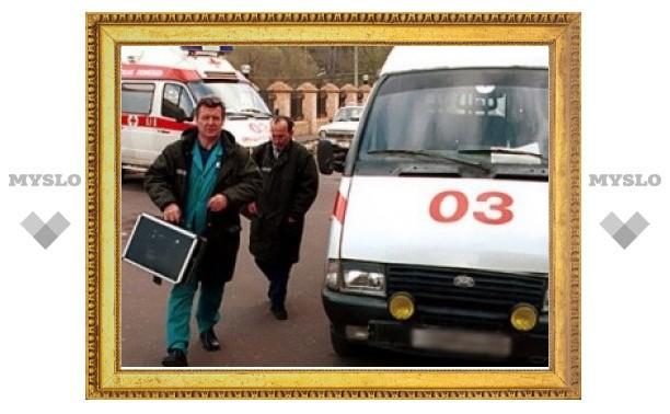 В Новомосковске под Тулой подросток упал с моста и разбился