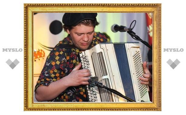 «Ля-миноръ» отыграли в «Чили-баре»
