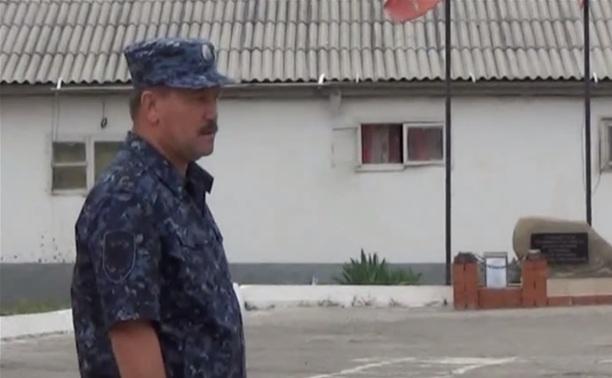 Начальник регионального УМВД навестил тульских полицейских в Чечне