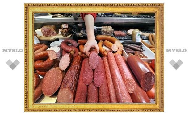 В Нижнем Новгороде туляк покусился на пять палок колбасы