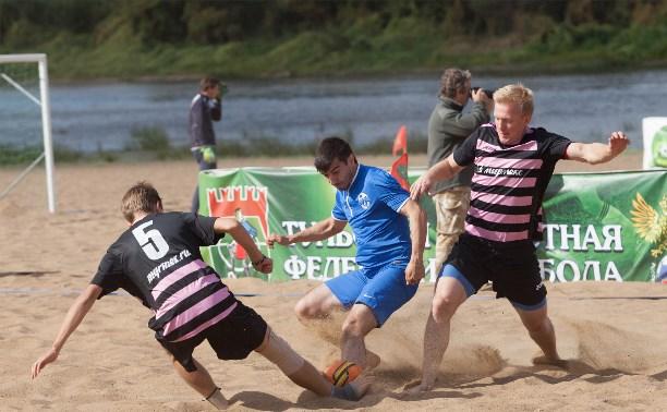 Чемпионом области по пляжному футболу стала команда SCA