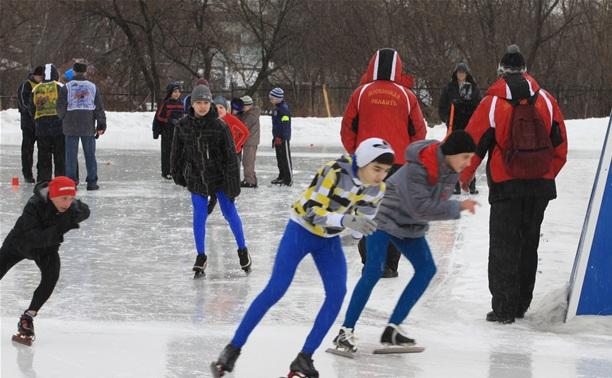 В Туле конькобежцы вышли на старт