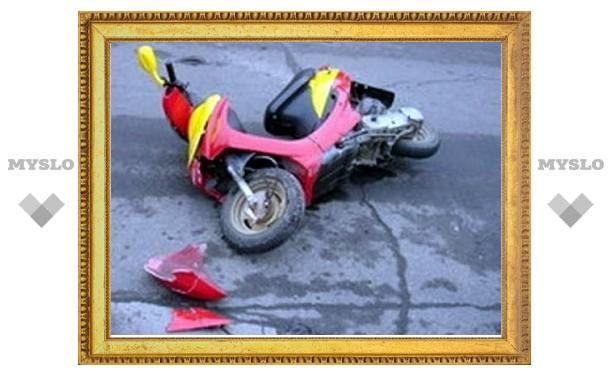 В Туле сбили скутер с ребенком