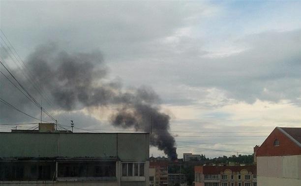 """На заводе """"Штамп"""" полыхал пожар"""