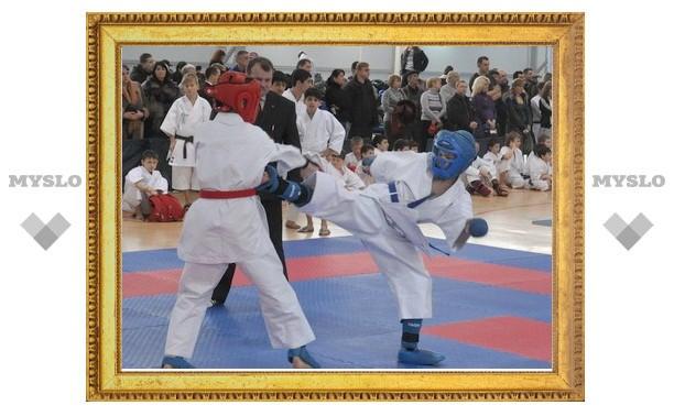 Тульские каратисты победили москвичей