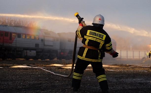 В Туле показали возможности нового пожарного поезда