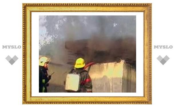 В Ростове-на-Дону сгорел склад с колой