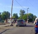 Обогнал по встречке на ж/д переезде: В Туле водитель грубо нарушил ПДД