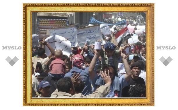 Главный правозащитник ООН объявила о начале в Сирии гражданской войны