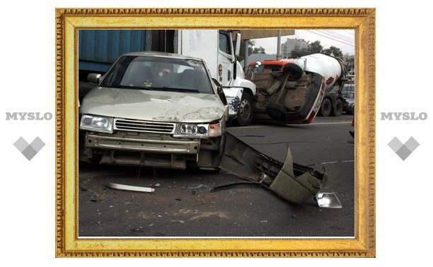 В ДТП на Рязанке в Туле столкнулись 10 автомобилей