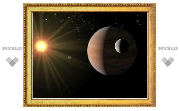 Астрономы объяснили существование вращающихся задом наперед планет-гигантов