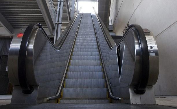 Следователи проводят проверку по факту несчастного случая на эскалаторе в супермаркете