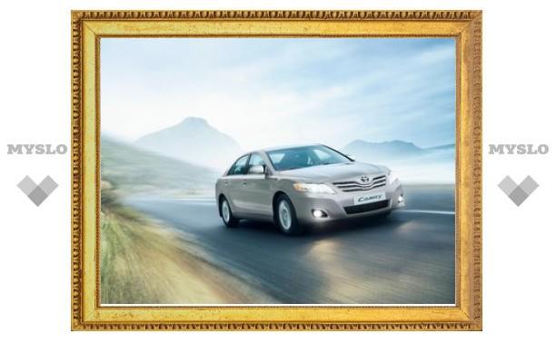 В России вновь появились седаны Toyota Camry японской сборки