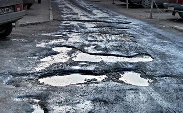 Юрий Андрианов дорожникам: «Почему улица Станиславского два месяца стоит в руинах?»
