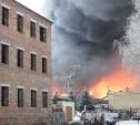 Жителям Узловой посоветовали не выходить из дома из-за пожара на хладокомбинате