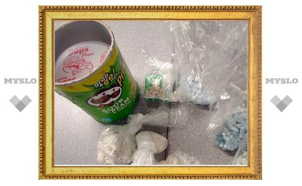 Нехороший туляк выдавал амфетамин за чипсы