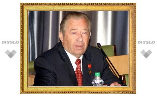 Депутат Госдумы Василий Стародубцев потребовал сохранить две школы