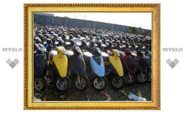 В Донском четверо подростков пытались украсть два скутера