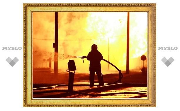 При пожаре на нефтяной скважине в Мьянме погибли 14 человек