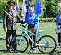 В Кимовске победители легкоатлетического забега получили велосипеды