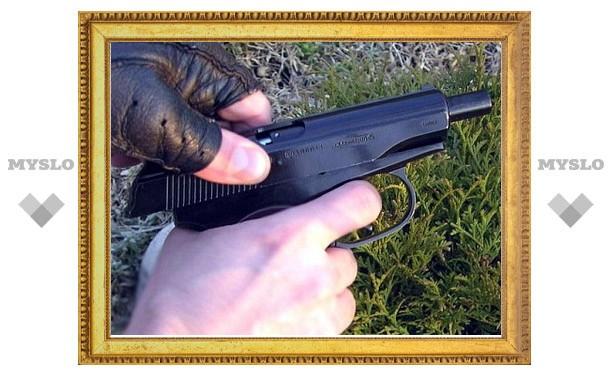 Туляк в узловском парке выстрелил в ногу подростку