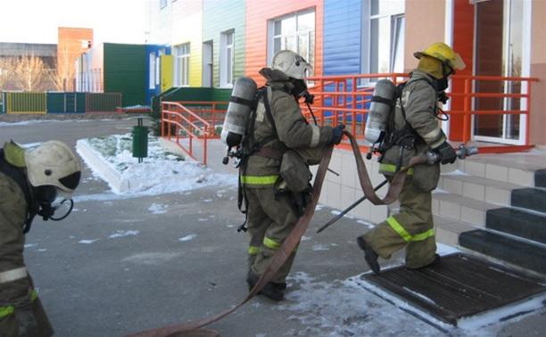В тульских учебных учреждениях проходят пожарные учения