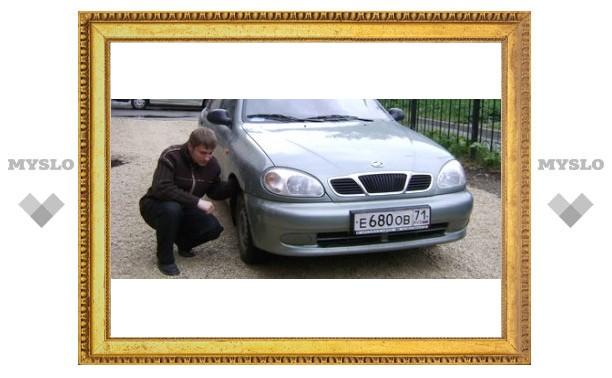 В Туле машина священника ушла под землю