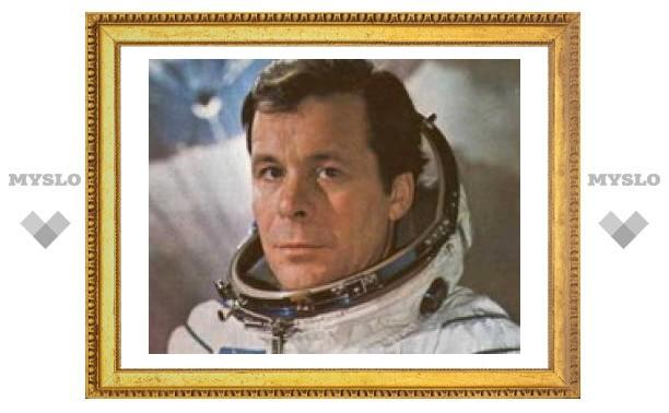 22 января: Туляк-космонавт Евгений Хрунов получил медаль героя