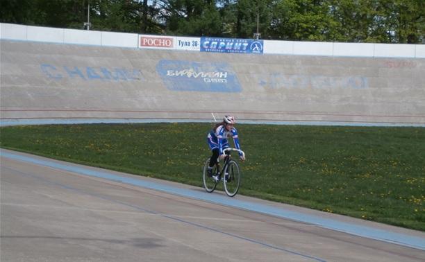 На велотреке разыграны первые медали первенства Тулы