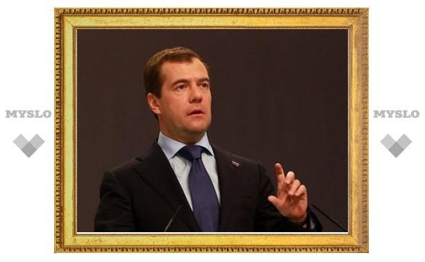 Чиновников заставят просить разрешения у Кремля на переход в бизнес