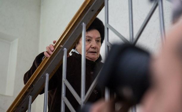 Бывший врач ЦРД Галина Сундеева скрывается от прессы