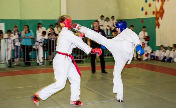 В Щекино прошел турнир по рукопашному бою «Русь Православная»