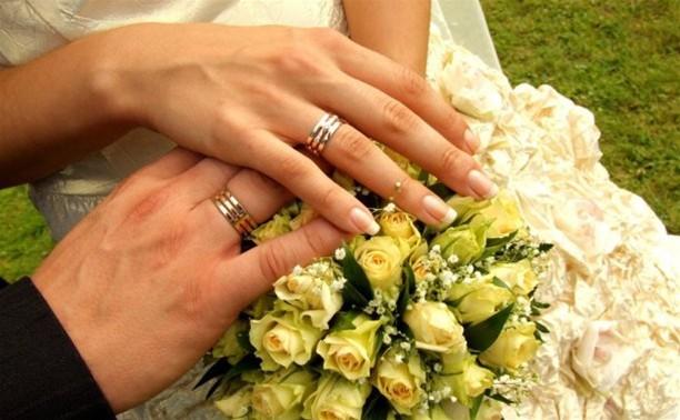Россияне не собираются ограничиваться тремя браками