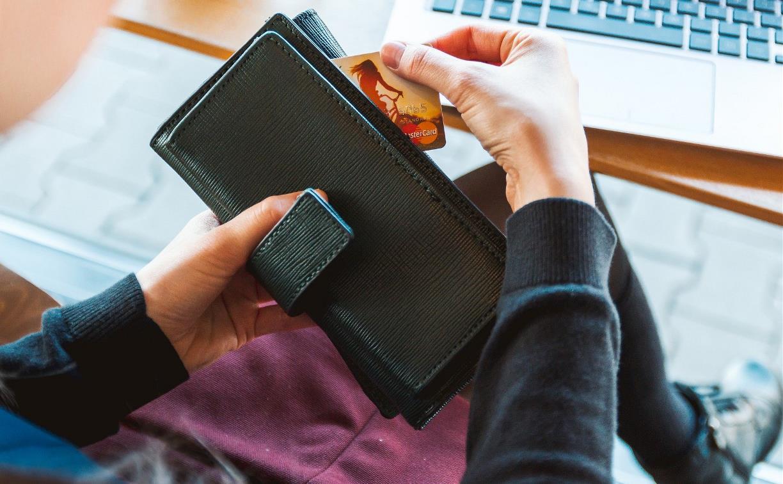 Три фатальных заблуждения о кредитных картах