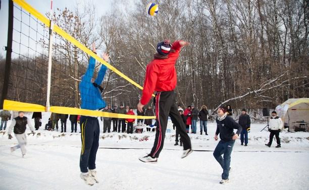 Туляков приглашают поиграть в пляжный волейбол на снегу