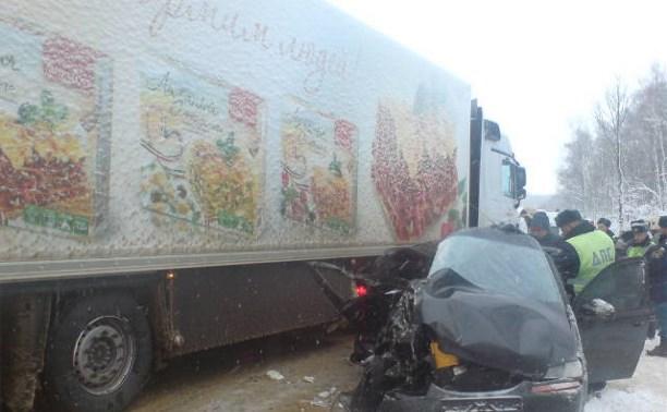 Из-за снегопада на трассах под Тулой происходят серьезные аварии