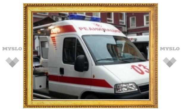 В центре Тулы ледяная глыба упала на медсестру