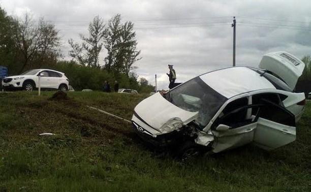 В Тульской области водитель Hyundai Solaris устроила тройное ДТП