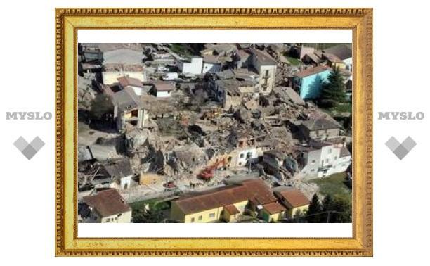 Землетрясение раскрыло старинную фреску в итальянской церкви
