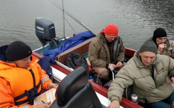 В Алексинском районе инспекторы ГИМС оштрафовали трёх рыбаков