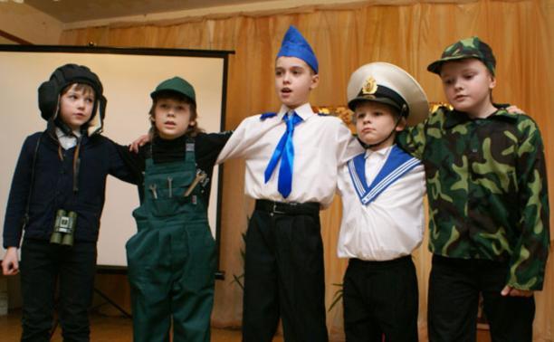 Военным предложили взять шефство над школами