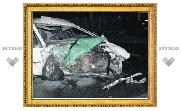 Около полуночи под Тулой произошла авария. Один человек погиб