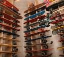 В Щекино мужчина пытался вынести из магазина четыре скейтборда