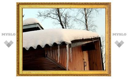 Последствия снегопадов в Тульской области: в Одоеве обрушилась крыша дома