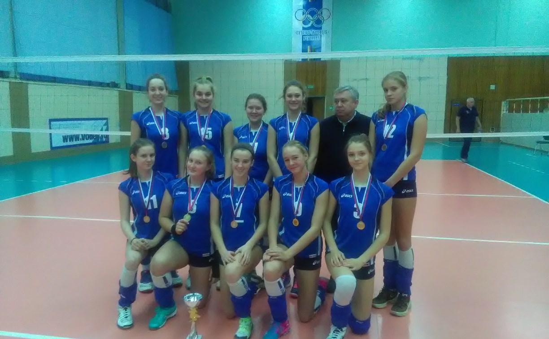 Юные волейболистки из Тулы прошли в финал первенства России
