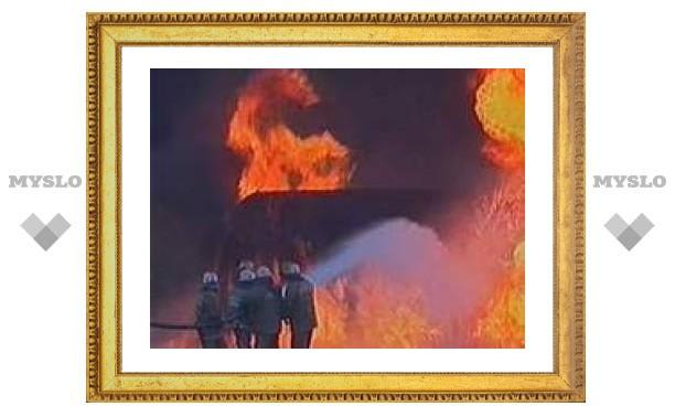 Восемь вооруженных мужчин сожгли карабулакский ресторан